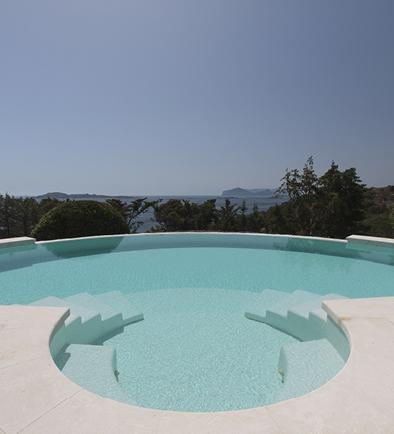 vista da bordo piscina